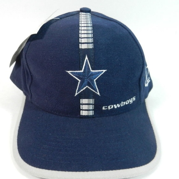 Dallas Cowboys NFL Hat Cap Vintage New With Tag. NWT. Logo Athletic.  24   30. Size bb832e11cf61